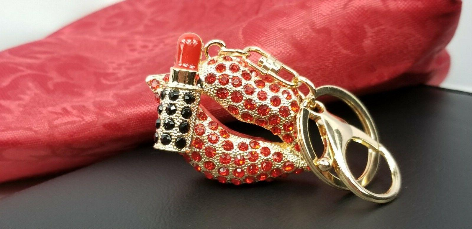 Key fashionable accessories for girls