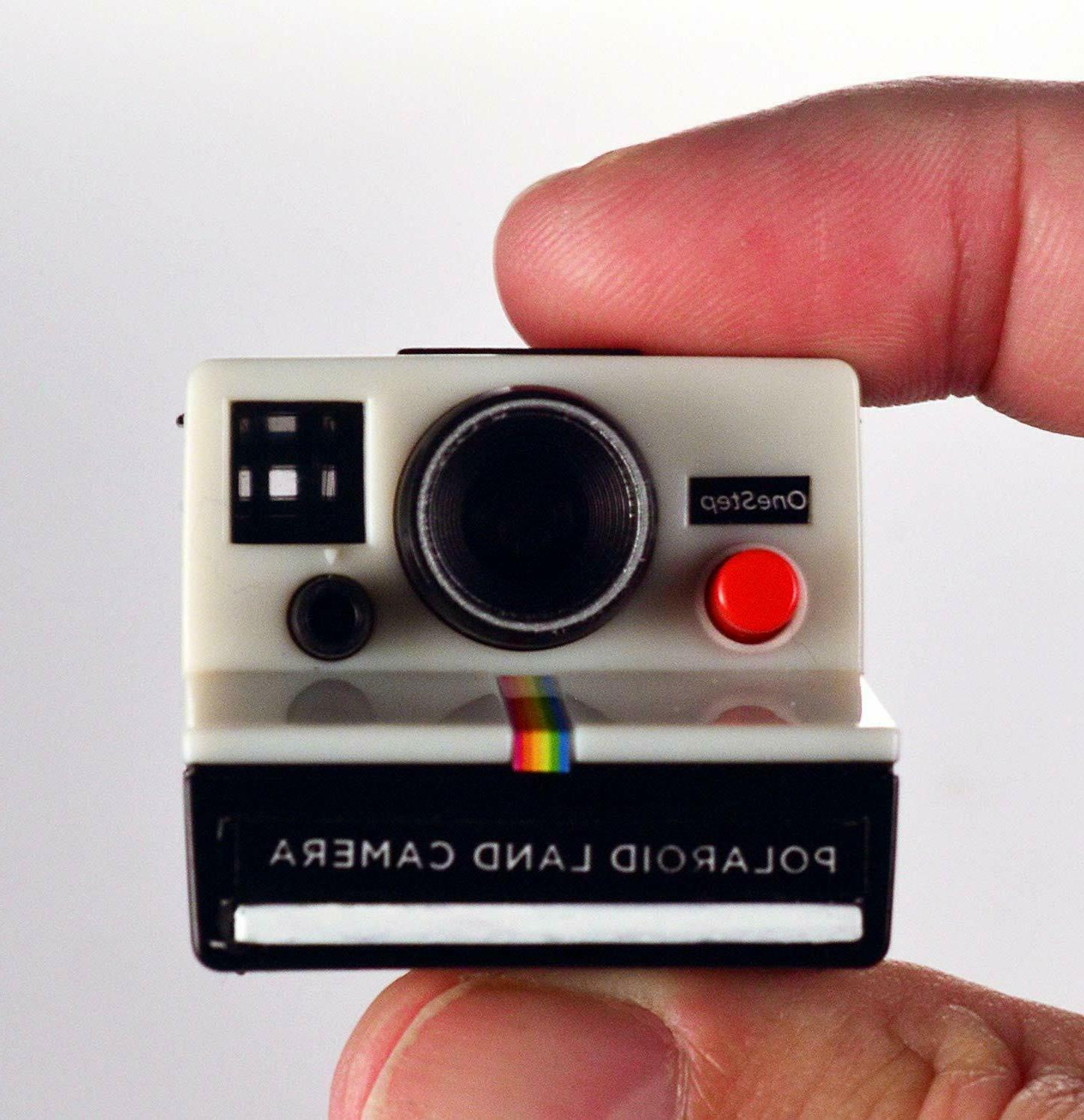 NEW COOLEST POLAROID CAMERA Toy Keychain KEY CHAIN